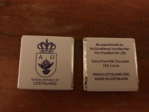 A bar of Lostislandic chocolate, front and back side.